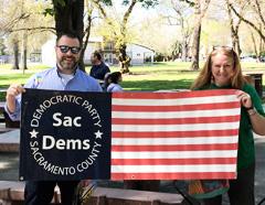 flag-banner_240p